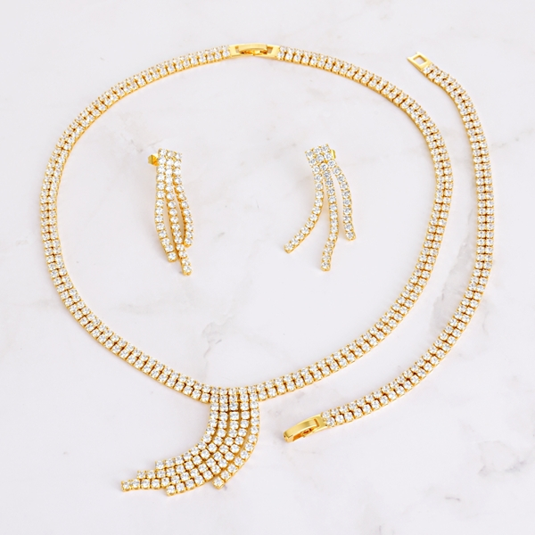 Picture of Luxury Cubic Zirconia 3 Piece Jewelry Set in Flattering Style