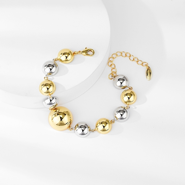 Picture of Hypoallergenic Gold Plated Casual Fashion Bracelet with Easy Return